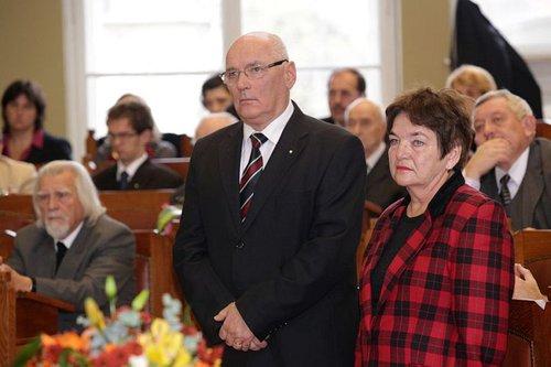 Beke Katalin a Juhász Zsófia díj átvételekor a M.R.E. Zsinatán